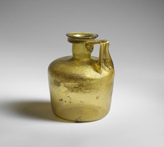 Pichet en verre romain