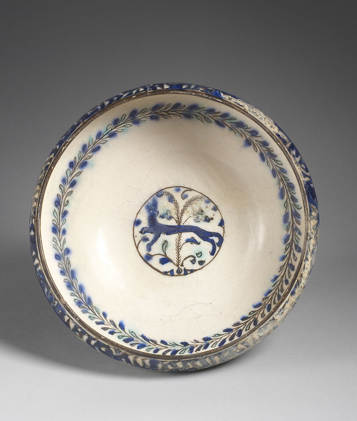 Kashan bowl with quadruped