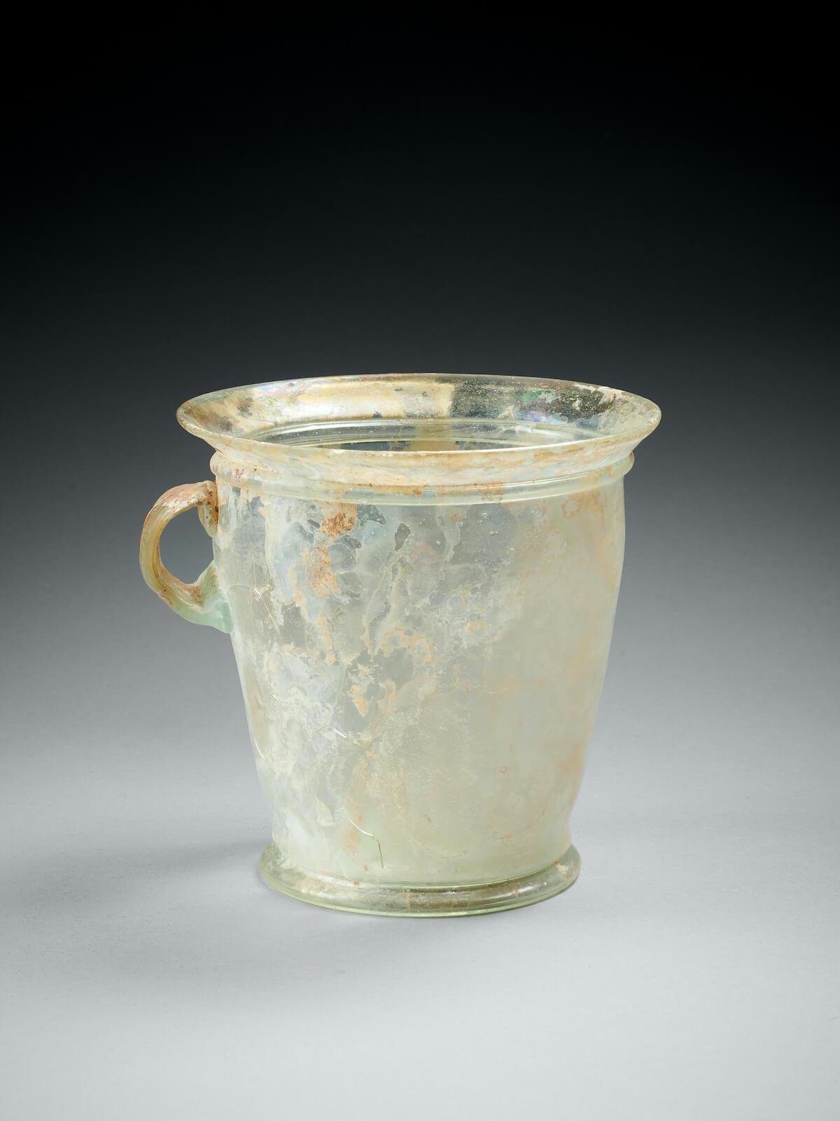 Modiolus en verre romain